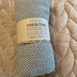 BNWT Turkish Towel